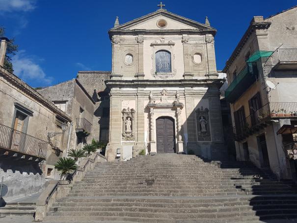 castiglione di sicilia basilica madonna della catena foto taobook