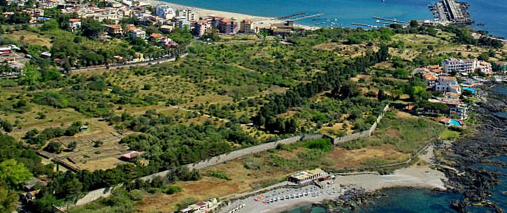 giardini-naxos area archeologica foto taobook