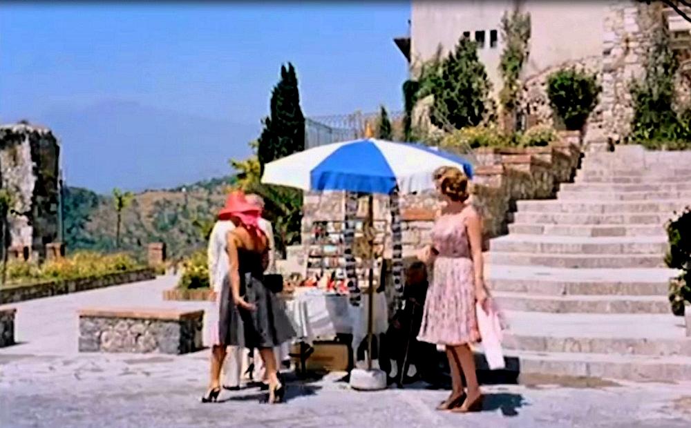 taormina scena film intrigo all'italiana