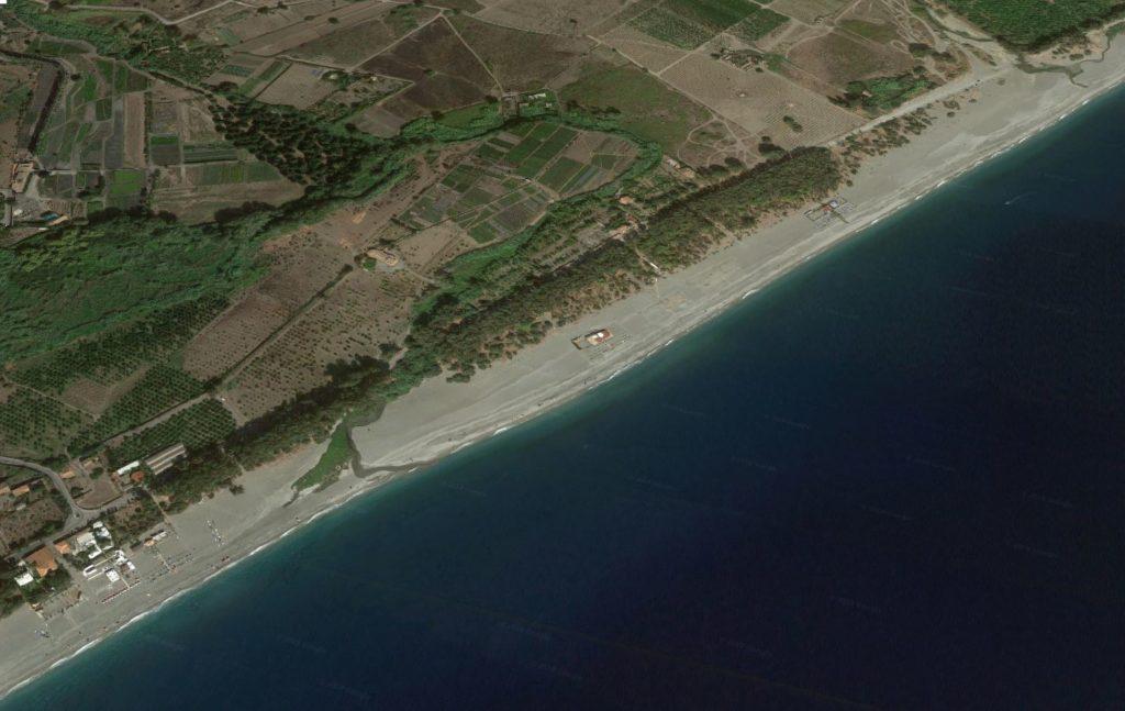 fiumefreddo spiaggia marina di cottone