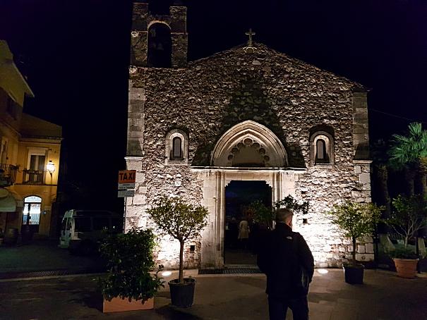 taormina chiesa sant'antonio foto taobook