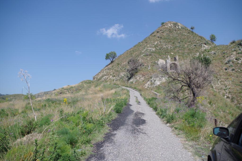 taormina salita verso le sue montagne