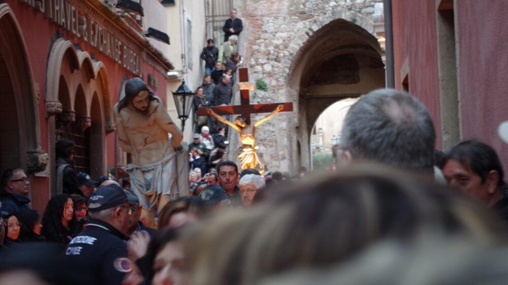 taormina pasqua via crucis