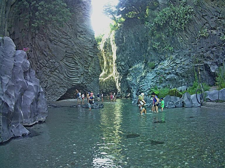 Gole alcantara ingresso canyon