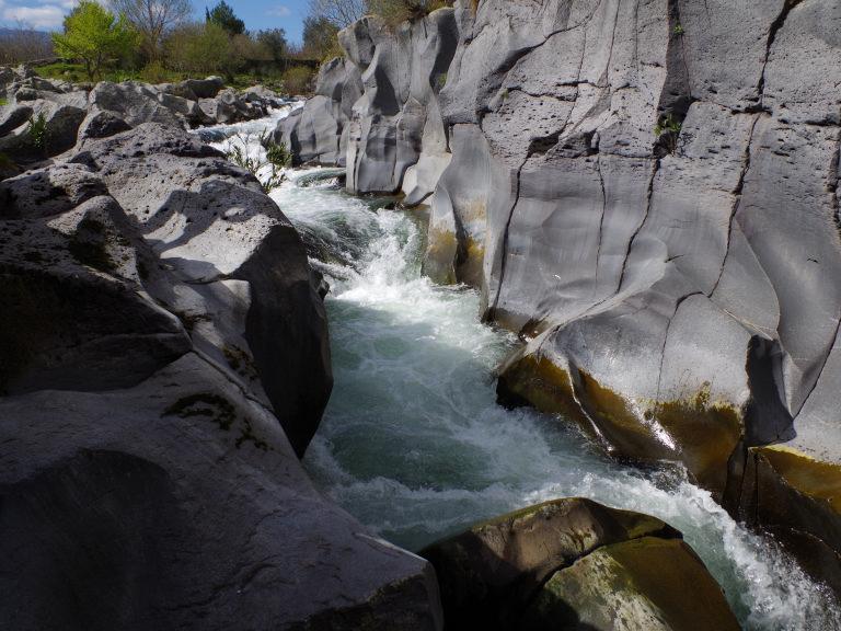 gurne alcantara castiglione di sicilia rapide sotto ponte