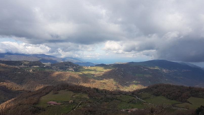 panorama da montalbano elicona sul tirreno