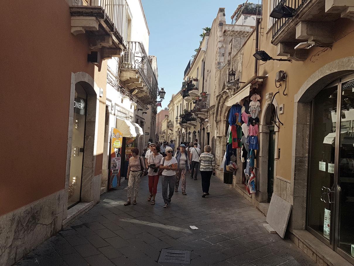 Taormina corso umberto in aprile pre covid19