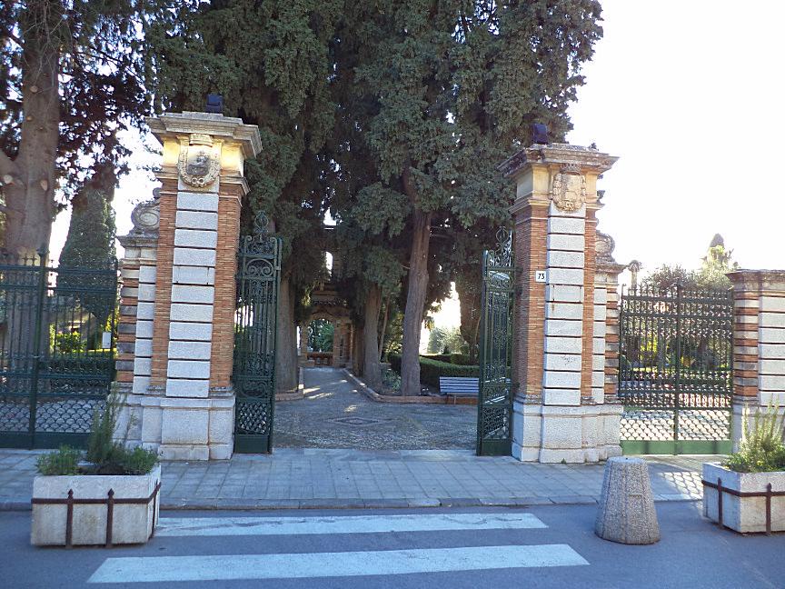 taormina villa comunale ingresso su via bagnoli croce