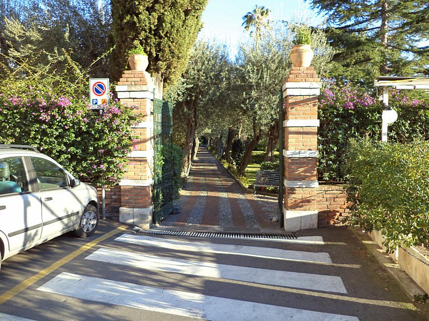 taormina villa comunale ingresso vicino montetauro hotel