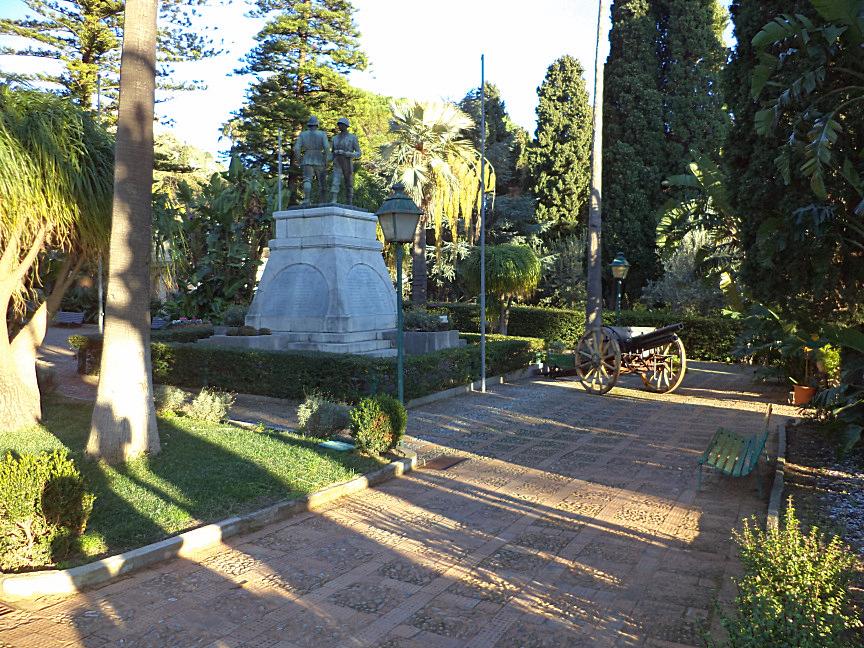 taormina villa comunale monumento milite ignoto