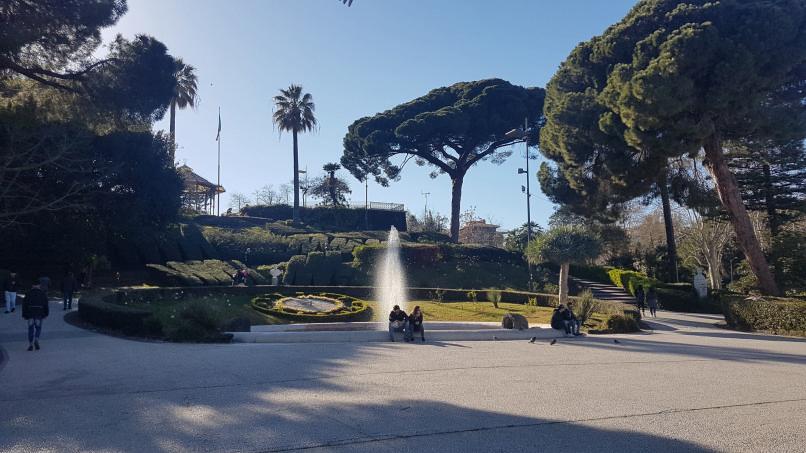 Catania giardino bellini fontana dei cigni